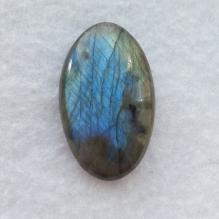 Голубой кабошон лабрадорита 488