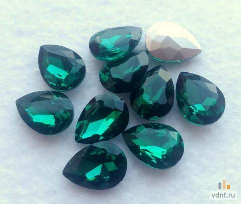Кристаллы - капли стеклянные 18х13 мм (зеленые)